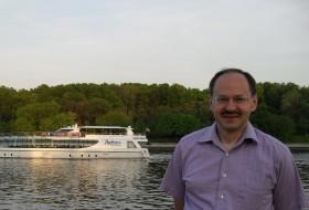Aleksandr , 45 - Just Me