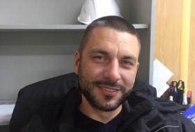 valeriy, 38 - Just Me