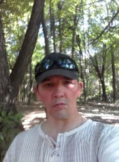 Oleg, 56, Russia, Tolyatti