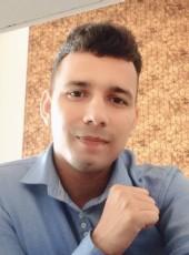 Sanjay Dutt, 23, India, Mumbai