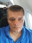 Andrew, 45, Ar Rayyan