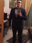 Christian, 20  , Militello in Val di Catania