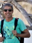 Alex, 51  , Santiago de los Caballeros