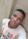 Fongno, 22  , Yaounde