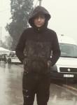 Azat, 18, Ankara
