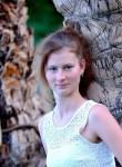 Karolina, 22  , Krakow
