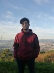 Yago, 19  , Vigo