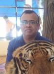 Deepak, 43  , Bawshar