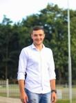 Artyom, 26  , Montelimar