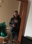 Samuele, 21  , Legnano