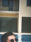 oktay, 22, Yalova