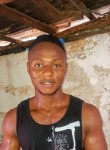 Raymond, 18  , Freetown