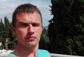Nikolay, 41 - Just Me
