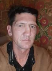 Aleksandr, 43, Belarus, Navahrudak