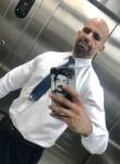 Ishaq Salon, 39  , Bawshar