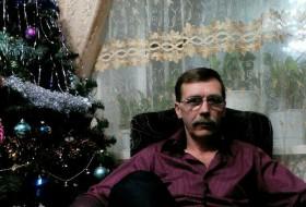 pavel, 56 - Just Me