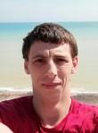 Pierre, 18  , Dieppe