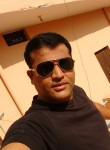 Sunny, 40, Varanasi