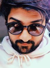 Qasim Obaidullah, 25, Pakistan, Lahore