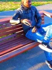Amadou, 18, Spain, Orihuela