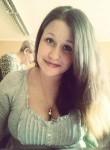 lena, 29  , Riga