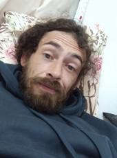 Tiago , 32, Brazil, Tubarao