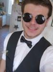 Thomas, 22  , Fontaine