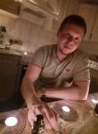 Vitaliy, 23  , Tyumen