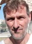 Janos, 43  , Budapest