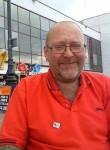 Selwyn , 50  , Earlsfield