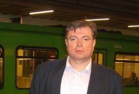 Anatoliy , 42 - Just Me