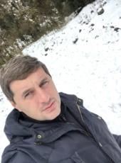 Alkhas, 33, Abkhazia, Sokhumi
