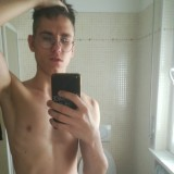 Oleg, 19  , Garlasco