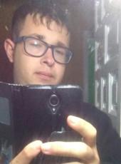 adrian, 19, Spain, Laguna de Duero