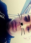 Rayan, 18  , Bourges