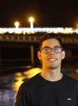 Luis, 21  , Fortaleza