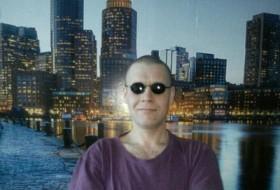 Slava, 37 - Just Me