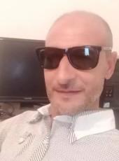 Badr, 42, Tunisia, Tunis