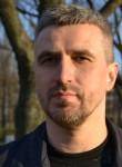Maksim, 46  , Saint Petersburg