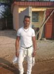 Victor , 28  , Port-Gentil