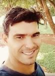 Leandro , 18, Santa Helena de Goias