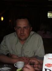 Maksim, 45, Ukraine, Cherkasy