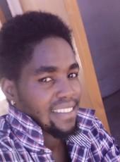 Tom, 25, Botswana, Maun