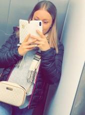 Eve Piekäinen, 19, Finland, Vantaa