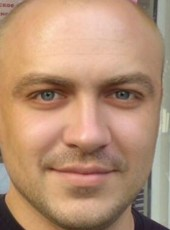 Maksim, 38, Russia, Moscow