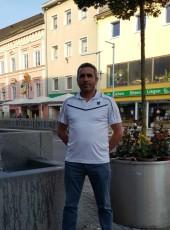 METE, 36, Austria, Vocklabruck