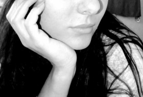 elina, 30 - Just Me
