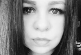 oksana, 23 - Just Me