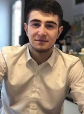 Islam, 25, Russia, Budennovsk