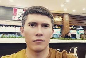 Islom, 26 - Just Me